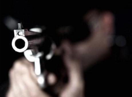 تعرض ممرض لطلق ناري بأحد مستشفيات الرياض وهروب الجاني
