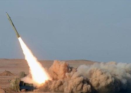 منظومة الدفاع الجوي تعترض صاروخًا باليستيًا أطلقته الميليشيات الحوثية باتجاه مكة المكرمة