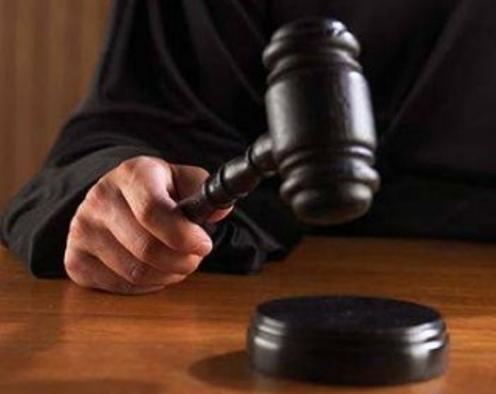 جزئية مكة تنظر دعوى قضائية ضد ثري شهير استهزأ بالدين وسخرمن السنة النبوية