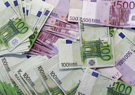 بعد 20 عاما.. اليورو بحاجة لمزيد من التضامن الأوروبي