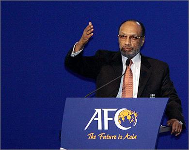 محمد بن همام يتنحى عن منصب رئاسة الاتحاد الآسيوي