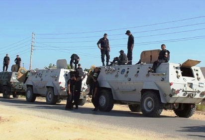 الجيش المصري يعلن مقتل 19 إرهابيًا بسيناء.. والسيسي وماتيس يبحثان التعاون العسكري