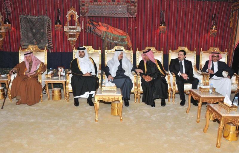 أمير عسير يتلقى تعازي الحريري وممثل ملك البحرين ونجل أمير قطر