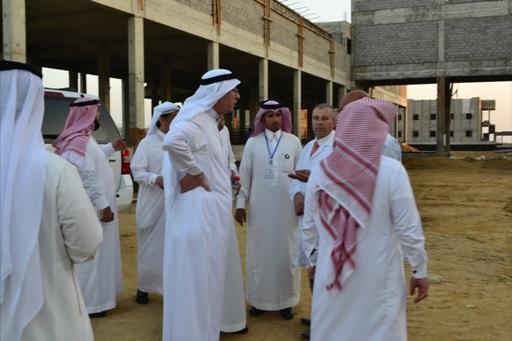 نائب وزير الصحه للتخطيط يتفقد المشاريع بالليث