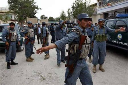 أفغانية تقطع رأس زوجة إبنها لرفضها ممارسة البغاء