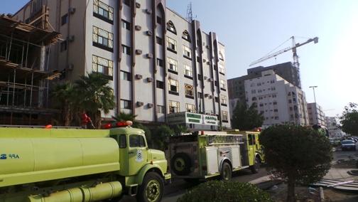 نشوب حريق بسبب مكيف في مبنى وزارة الاعلام بمكة