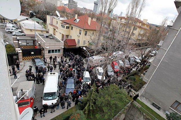 انفجار يستهدف السفارة الأميركية في أنقرة