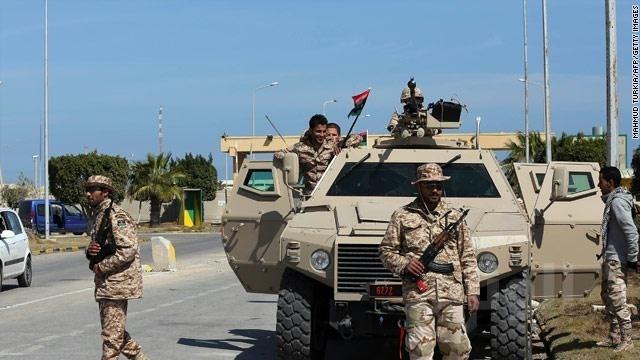 الجيش الليبي : هجمات فجر ليبيا والشروق انتقلت لمرحلة القصف العشوائي