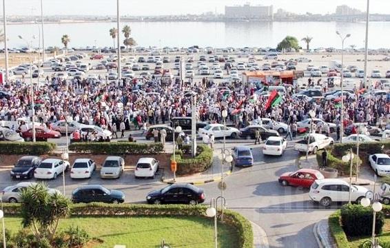 الخارجية الامريكية تطلب من المواطنين الامريكيين مغادرة ليبيا على الفور