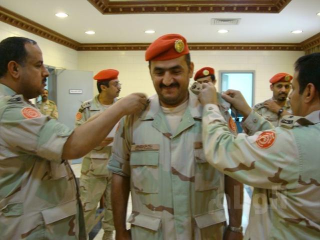 قائد الشرطة العسكرية بالشرقية يقلد نضال المسفر رتبته الجديدة