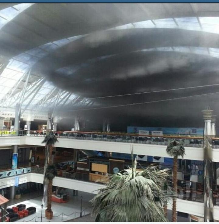 "حريق بمطاعم سوق ""رد سي مول"" بجدة"