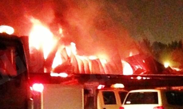 الجهات الأمنية تحقق في حريق المجمع الصناعي ببريدة