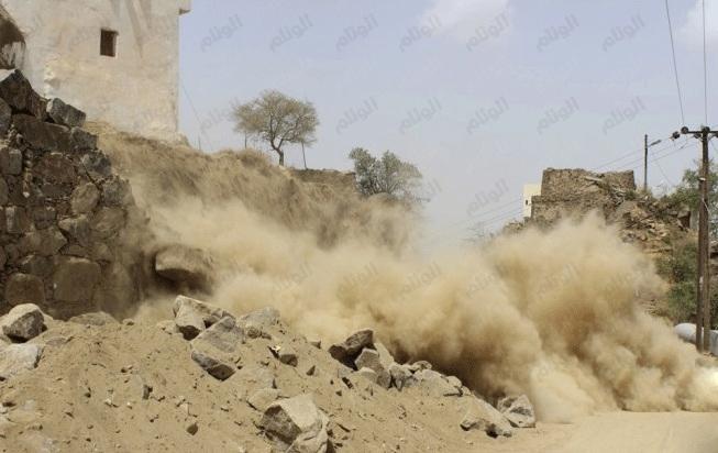 بالصور..انهيار جسر  إسنادي بفيفاء بعد ساعات من اكتمال تشييده