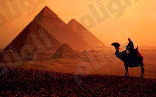 مصر تستغرب التحذيرات الأمريكية من زيارة الأهرام