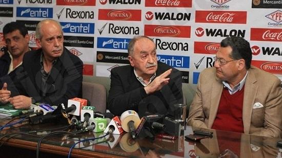 رئيس اتحاد الكرة في بوليفيا: علينا البحث عن لاعبين في القمر والمشترى