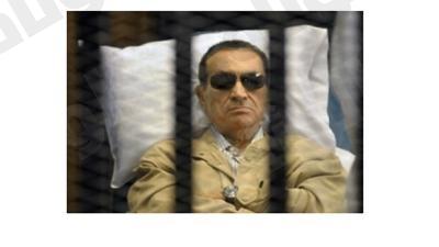 مبارك يتساءل: هل يتنحى مرسي حقناً للدماء مثلما فعلت؟