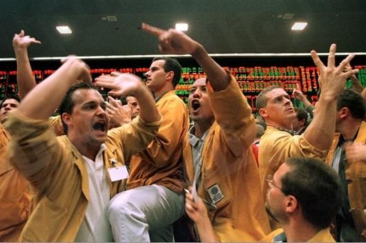 الذهب يقفز إلى أعلى مستوى باسبوعين ونصف بعد تصريحات برنانكي