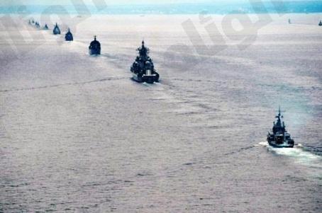 روسيا تنشر «10» سفن حربية قرب سواحل سوريا