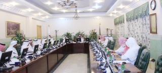مدير جامعة أم القرى يشهد انطلاقة أولى جلسات المجلس العلمي