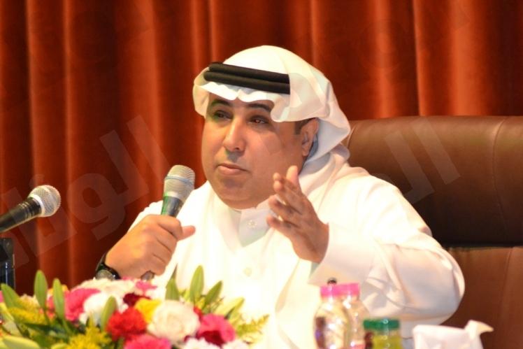 العرفج: وزير الصحة لم يحالفه النجاح بالإدارة وأهل الشمال يعانون مع رحلة العلاج !