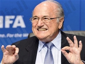بلاتر يرفض إعادة التصويت على مونديال 2022