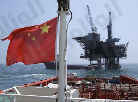 تخمة النفط العالمية تزداد مع تباطؤ واردات الصين