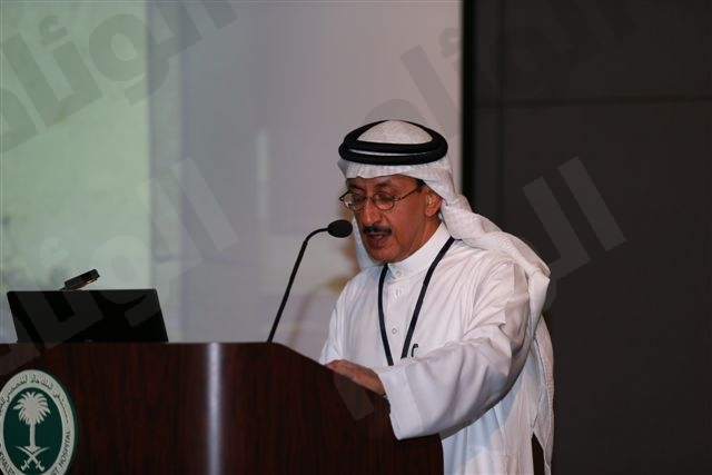 د.حمد بن سعد الفريخ رئيس بنك العيون بمستشفى  الملك خالد التخصصي للعيون يلقي كلمتة