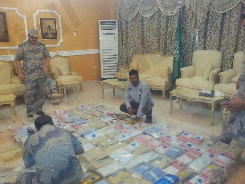 ضبط كمية حشيش بقيمة 14مليون ينتظرها مواطن في خور الزواهر