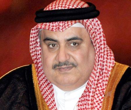 """وزير خارجية البحرين: شعب قطر """"منا وفينا"""""""
