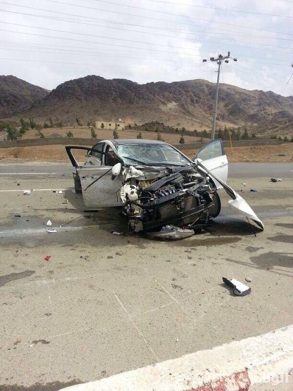 بالصور .. اصابة شقيقين بحادث تصادم بسبب أمطار الباحة