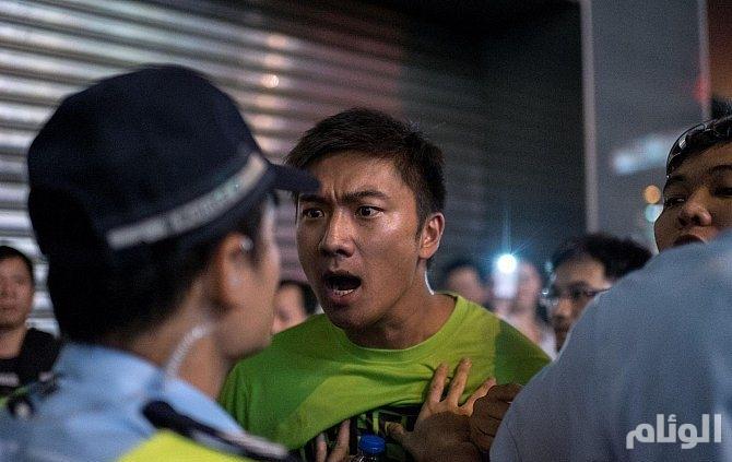 هونغ كونغ تنفي استخدام المافيا الصينية لتفريق المتظاهرين