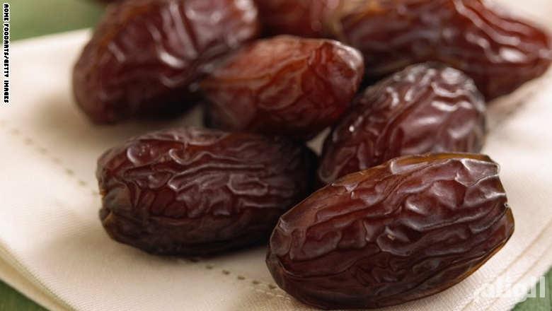 يا أسمر يا حلو.. 9 فوائد «رائعة» لهذه الثمرة في رمضان
