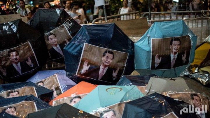 """الاحتجاجات المطالبة بالديمقراطية تشتد في هونغ كونغ وتبلغ """"مرحلة حرجة"""""""