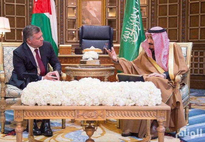 خادم الحرمين الشريفين يعقد جلسة مباحثات رسمية مع ملك الأردن