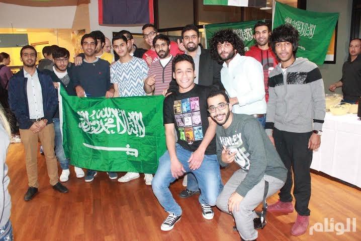 بالصور..النادي السعودي بمدينة بلنقز الأمريكية يشارك في الاحتفال السنوي للجامعة