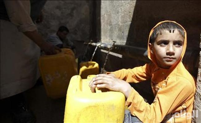 الحوثي يمنع الماء والكهرباء والمواد الغذائية عن عدن