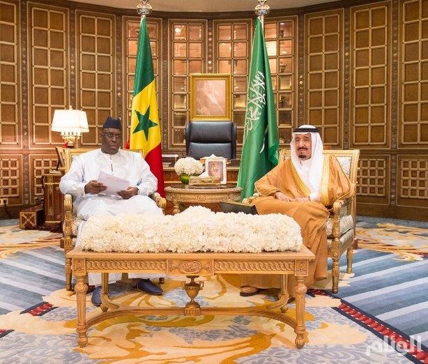 خادم الحرمين يعقد جلسة مباحثات رسمية مع رئيس السنغال