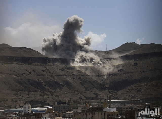 """القوات السعودية تقصف الحدود .. 5 غارات لـ """"عاصفة الحزم"""" على الحوثيين في مأرب"""
