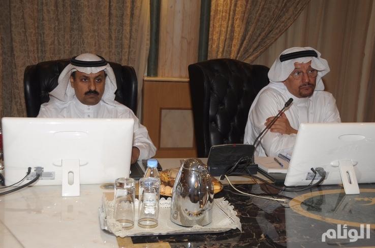 «آل الشيخ» يجتمع بمديري التعليم لمناقشة الاستعدادات للعام الدراسي المقبل
