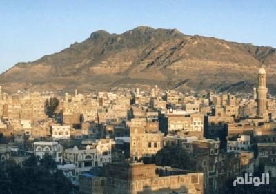 مصادر يمنية: صالح يحتفظ بصواريخ تحمل رؤوسا نووية في جبل النقم