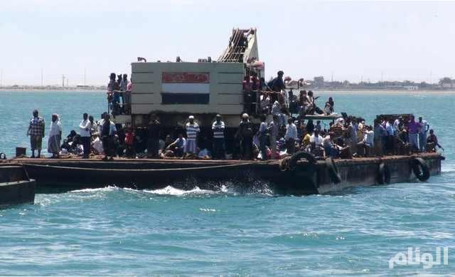 قذائف الحوثيين تقتل 40 يمنياً حاولوا الفرار من عدن بحراً