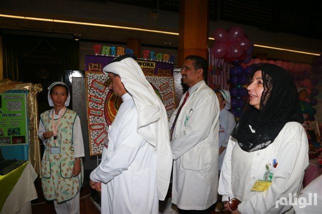 «د.الطويرقي» يفتتح معرض التمريض العالمي بتخصصي الملك خالد للعيون