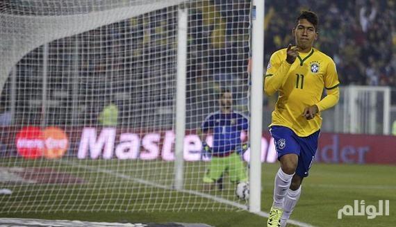 ليفربول الإنجليزي يتعاقد مع فيرمينو مهاجم البرازيل