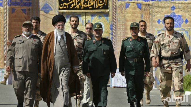 قائد الجيش الإيراني يعلن دعمه للاتفاق النووي مع القوى الغربية