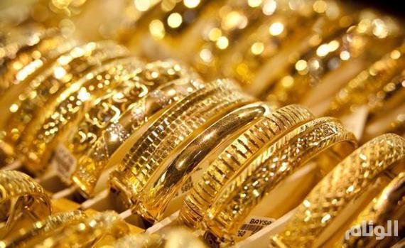 الذهب يواصل الصعود بفعل توترات سياسية