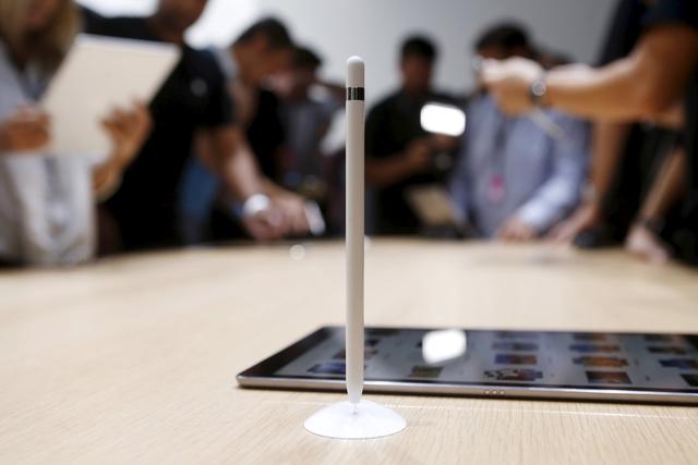 أبل : مبيعات قياسية لآي فون 6s