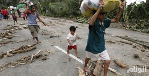 إعصار قوي يضرب الهند يهجر 300 ألف شخص