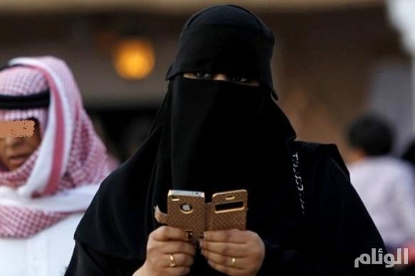 السعودية: النساء يتحرشن أيضاً بالرجال في المراكز التجارية