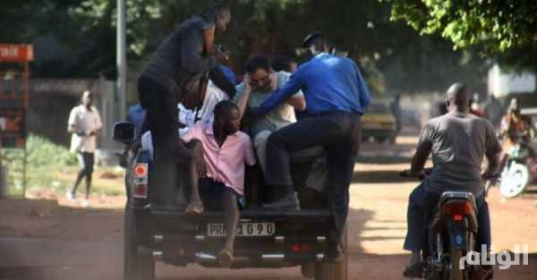 وزير الدفاع المالي يعلن انتهاء احتجاز الرهائن في باماكو والعثور على 27 جثة