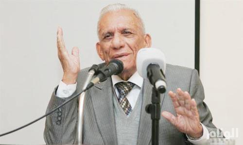 وفاة عبدالرزاق عبدالواحد..شاعر «أم المعارك»